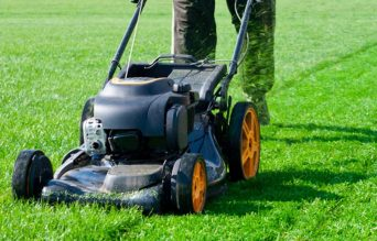 Creating Professional Patterns for Lawn Mowing