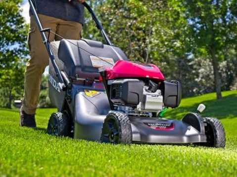 Best Push Lawn Mower Under $300-Review