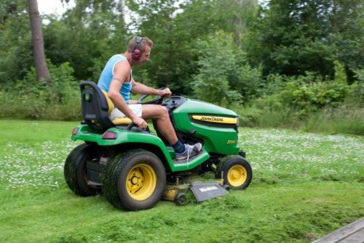 lawnmower for 3 acre lot