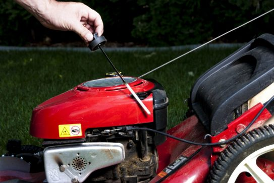 The Modalities of Lawn Mower Oil Change